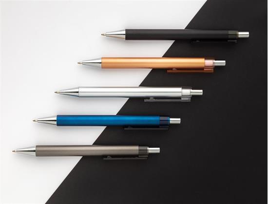 Penna X9 metallic med tryck Brun